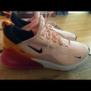 Women's Nike Airmax 270